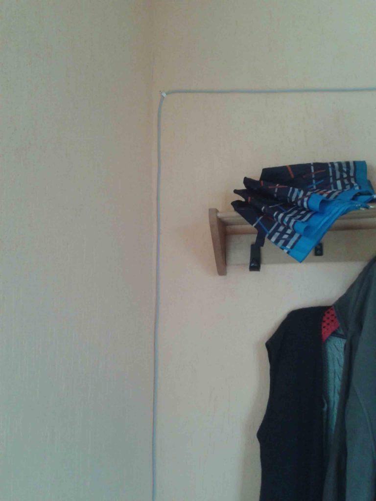 Прокладка витой пары в коридоре квартиры