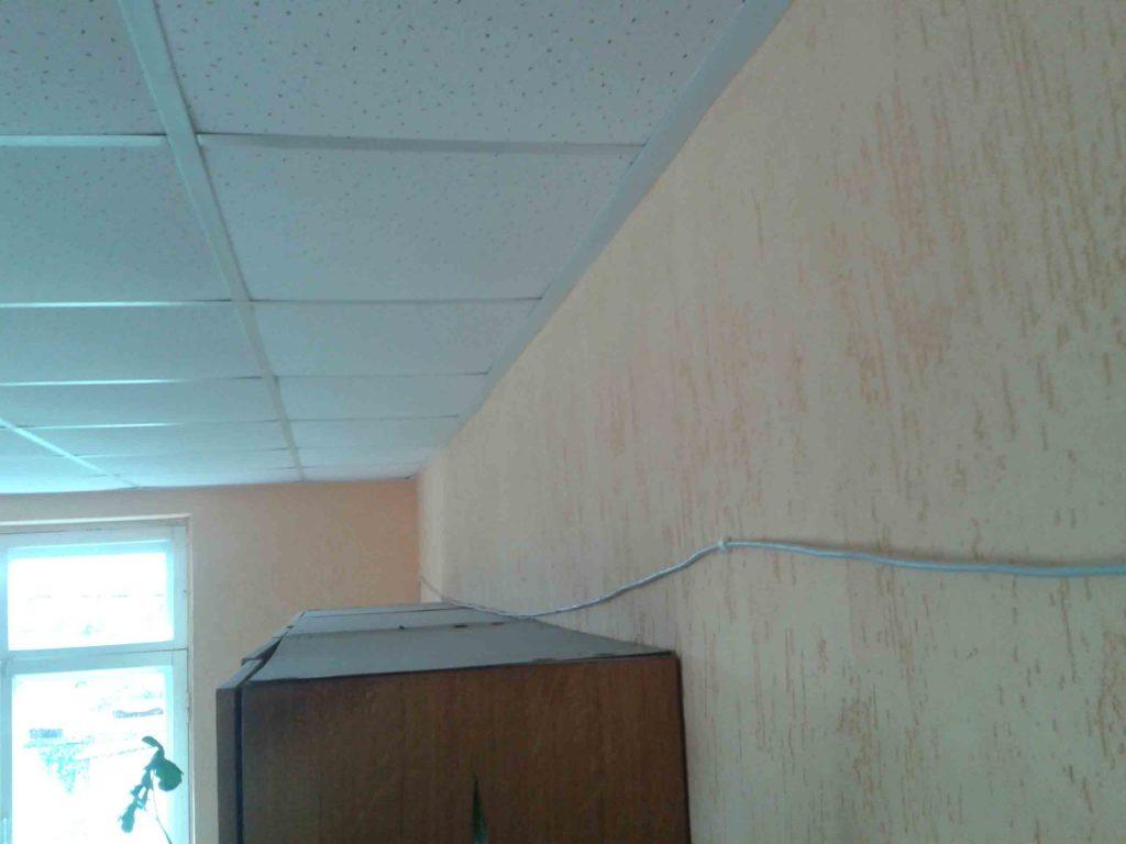 Прокладка сетевого кабеля в комнате